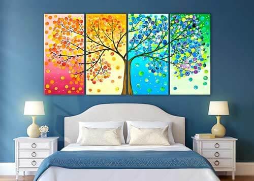 Полиптих цветущее дерево над кроватью