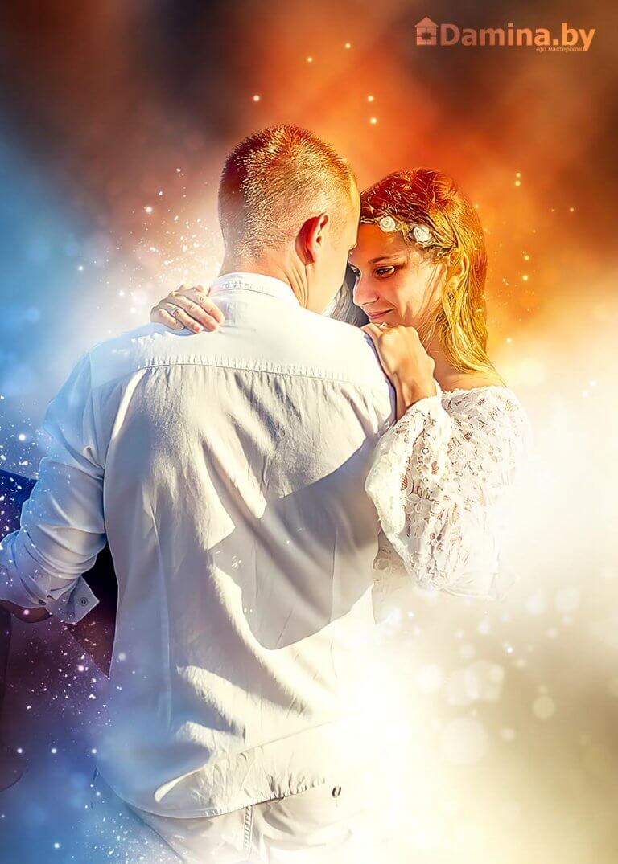 Влюблённая пара в дыму